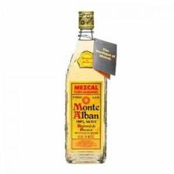 Mezcal Monte Alban con Gusano